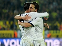 Ronaldo - Higuain (Real Madrid)